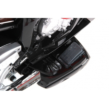 BMW S 1000 RR červená